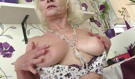 blonde excitée amateur gang porn baise avec deux mecs