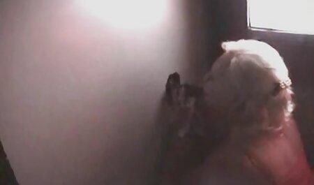 Blonde babe webcam sexe amateurs douche