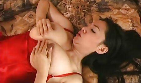 Poussin SANDRA REDHEAD porn student amateur