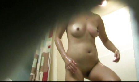 Beauté exotique et film amateur porno deux hommes bisexuels