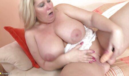 RECHARGER amateur porn clip COMBINÉ - Moggithecat