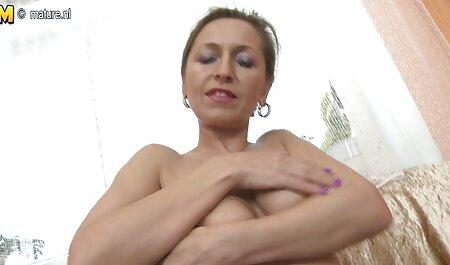 Poussin sites pornos amateurs noir maigre utilise un gode