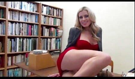 RealityLovers web porn amateur - Une adolescente rousse se fait exercer la bouche
