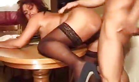 L'orgasme éjacule de MOM Trentenaire Sex Goddess porn amareur