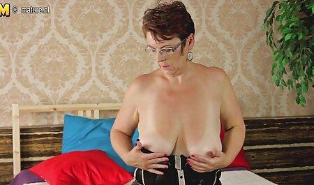 Des femmes chaudes en sueur lèchent sex video mature amateur la sueur du corps des autres
