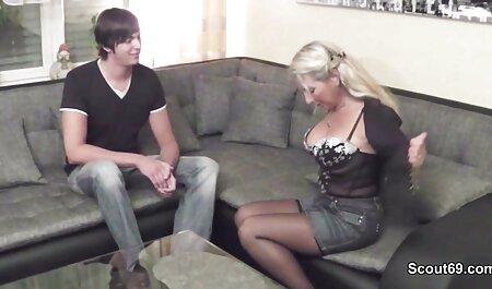 La milf en nylon Alby Daor gode sa chatte porn massage amateur rasée