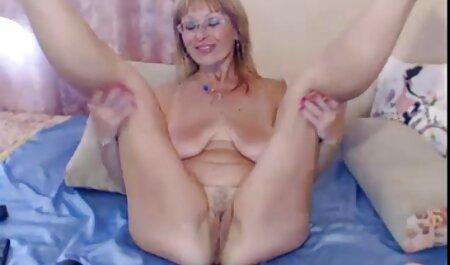Jolie fille danoise Kitty aime ça dans sa gorge et son porn amateur beautiful kity
