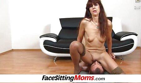 Femme partagée porn armateur avec quelques amis